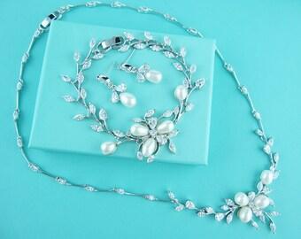 Bridal Pearl Jewelry Set, wedding jewelry bracelet set, cz freshwater pearl bracelet, cubic zirconia pearl bracelet, bridal necklace