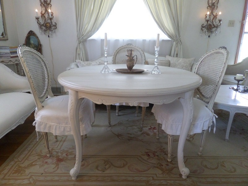 Shabby Chic Breakfast Table: Vintage Ornate French Shabby Chic Painted Dining Room