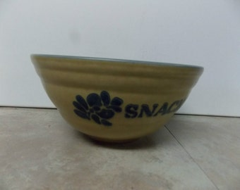 "Pfaltzgraff Folk Art "" SNACKS "" Pottery Bowl USA Made"