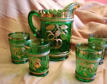 Northwood Peach Pattern Emerald Green Lemonade Tea Pitcher and 4  Tumblers