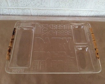 Mod Graphic Acrylic Bagel Serving Tray