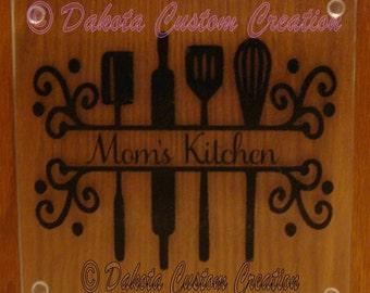Customized Glass Cutting Board - Mom's Kitchen
