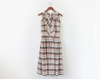 50s dress with a bow / vintage stripe dress / 1950s dress