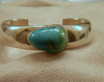 Sterling Silver Clean Contemporary Design Turquoise Bracelet