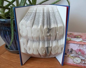 Two line alphabet folding book art pattern. The ONLY one available ! Added bonus!