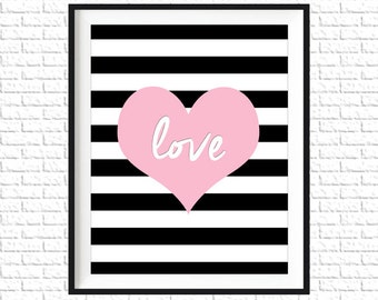 "Pink ""Love"" Heart Print 