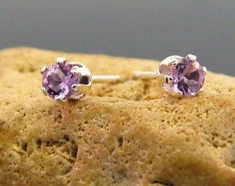 Small amethyst earring, light purple amethyst studs, amethyst earrings, natural amethyst earings 3 mm