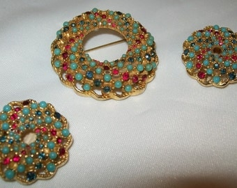 Broach and Earrings Sarah Coventry
