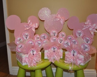 Pink Minnie Mouse Sparkle Centerpiece with Lollypops.