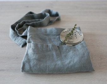 Linen Cafe-Aprons/ Short Aprons (Grey and White)