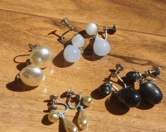 Vintage  Jewelry Earrings Screw Back Set Beige Black  Blue  R-028