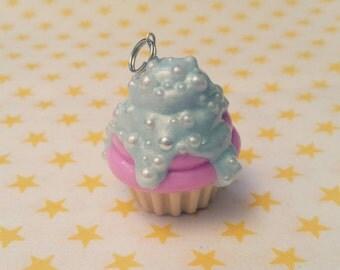 Cupcake pendant Pastellila sweet ;)