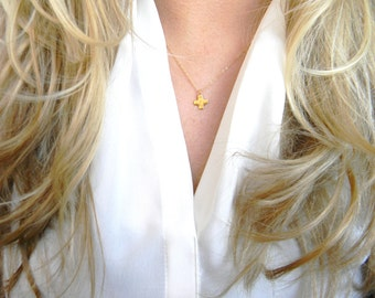 Delicate Gold Cross Necklace / Everyday Gold Necklace / Layering Necklace / Minimalist Jewelry