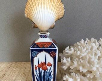 Chinoiserie art   Seashell art   vintage blue and white   scallop shell   beach decor   coastal decor   coastal gift   wife gift