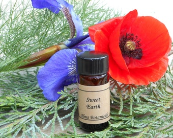 SWEET EARTH essential oil perfume blend, sweet almond oil base .25 fl oz