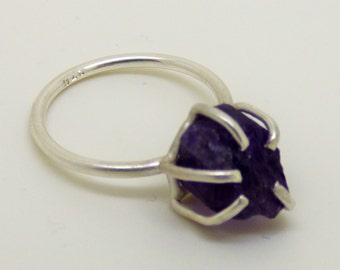crocus, spring, gentle, purple, crystal, amethyste, ring, solitaire
