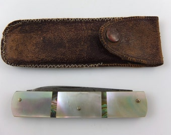Pocketknife mother of pearl in leather case