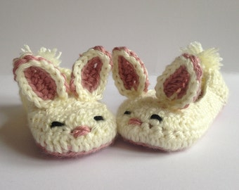Girls Bunny slippers, crochet slippers.Easter Gift for Kids. Childrens slippers, Kids slippers. Non-slip slippers