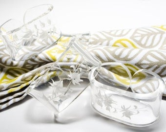 FREE SHIPPING: Set of 4, vintage-modern, acrylic napkin rings with reverse-carved flowers