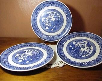"Three (3) Vintage ""Blue Willow"" Pattern Plates"