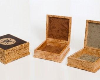 """Wooden box """"Spider"""" from masur birch"""