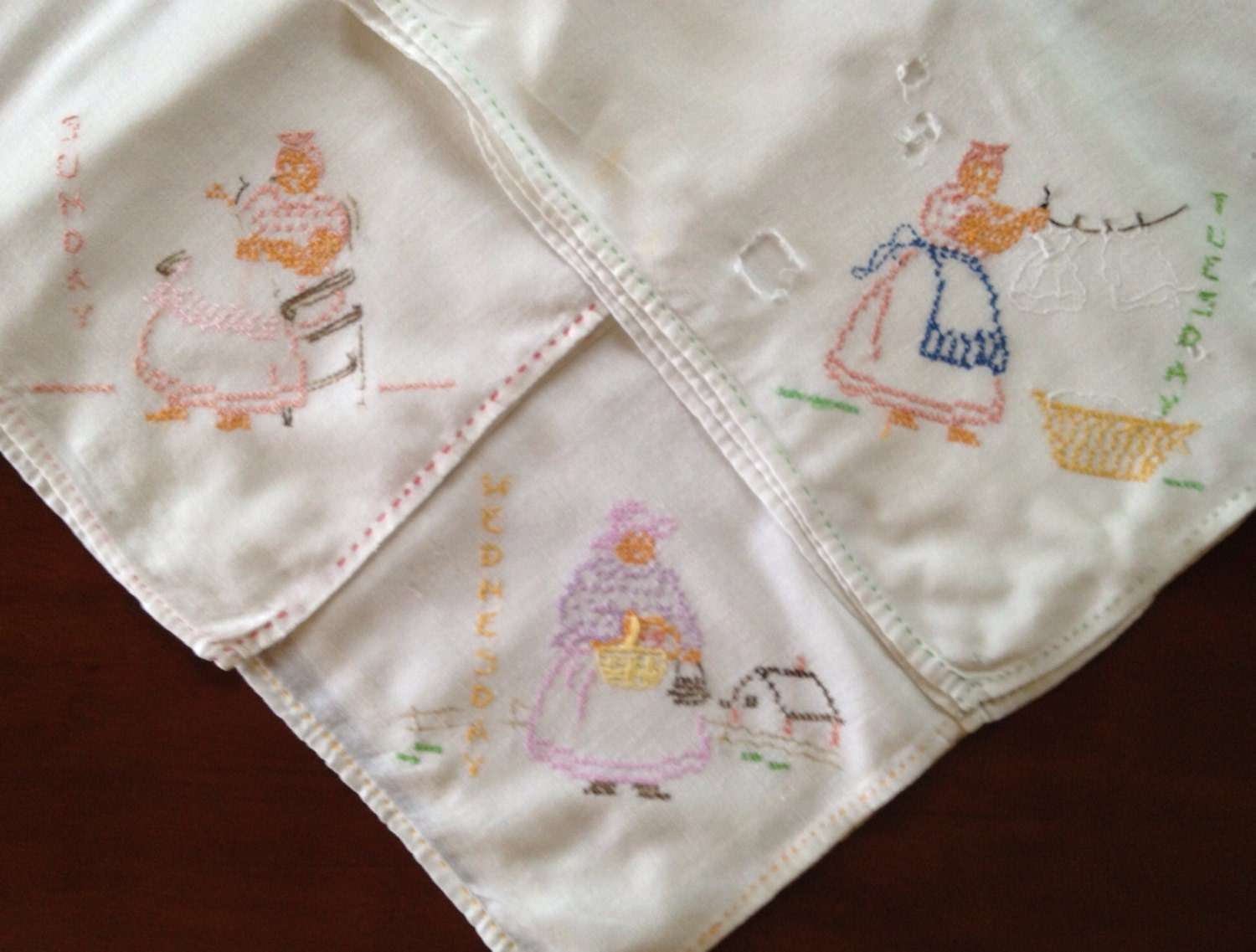 Antique Dish Towels Embroidered Kitchen Towels By HeirloomDecor
