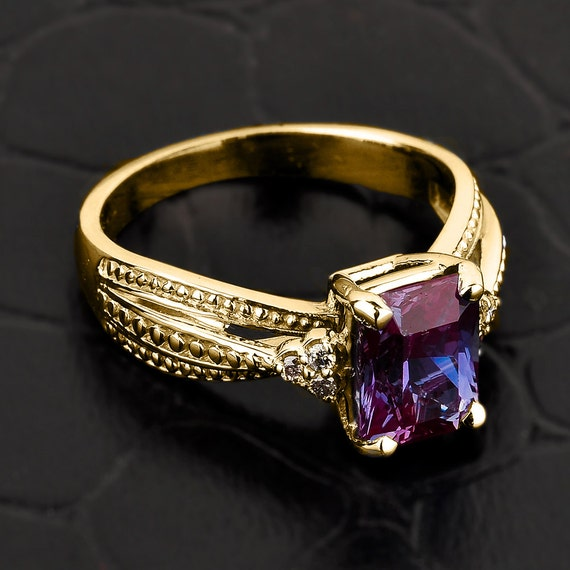 Alexandrite Class Ring Gold Alexandrite ring gold ...