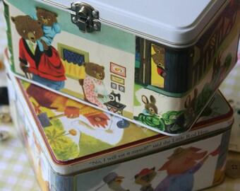 Tin container, treaure box, vintage details