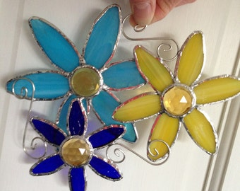 Stained Glass Flower Suncatcher