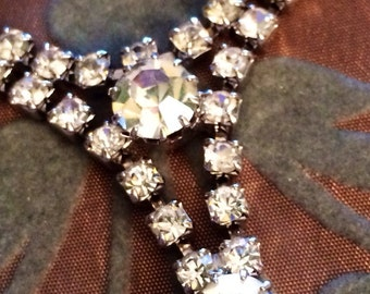 Vintage Rhinestone Necklace Featuring V Drops