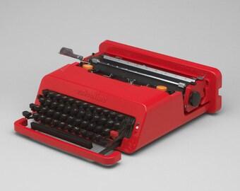 Valentine Olivetti - Vintage Typewriter - Manual Typewriter - Iconic Design - Moma - Sottsass