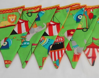 Kids bunting-Childrens bunting-Circus bunting-Bright circus bunting-Childrens room bunting-Kids room bunting-Kids wall decor-Circus theme