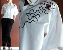 90's  1990's  Minimalist White Cropped Shirt Top Jeweled Gemstones Hi Low Hem Cut Mandarin Collar XS-S