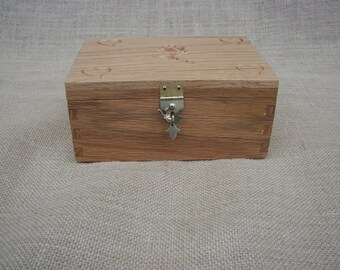 Oak, Jewelry box with hearts  and rose  carved on top