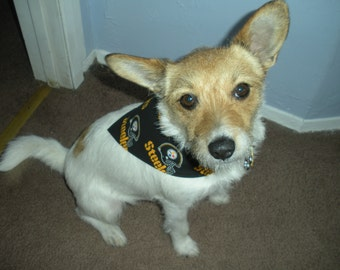 Pittsburgh Steelers Dog Bandana, Hand made with Velcro.