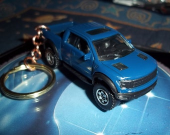 custom made keychain,2010 ford raptor svt 4x4 pick up truck,gloss royal blue w/chrome mags/hand made chain-jump rings-mint