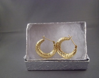 14kt Hammered Gold Hoop Earrings