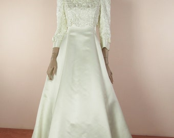 70's Vintage Wedding Dress - Ivory bridal gown from the 1970's – Macramè lace dress – A line skirt – Long sleeves dress – Made in Italy
