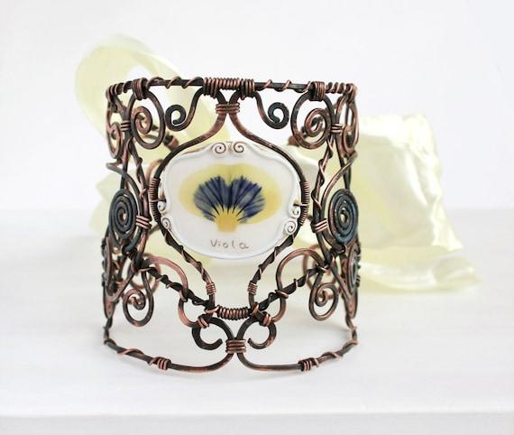 Real Flower Bracelet. Copper Bracelet . Hand Forged Bracelet. Real Flower Jewelry. Botanical Bracelet. Statement Bracelet. Nature Jewelry