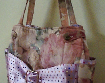 Pretty in pink bow purse