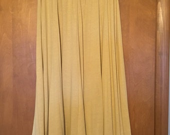 Express Tricot maize yellow 8 gore skirt in medium.