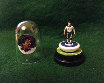 Gary Lineker (England) - Hand-painted Subbuteo figure housed in plastic dome.