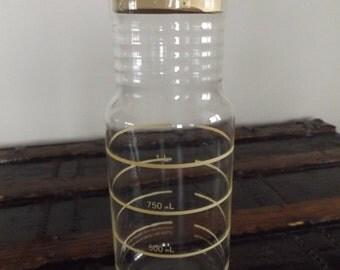 1970's Retro Pyrex Glass Pitcher / Lemonade Glass Pitcher (#121)