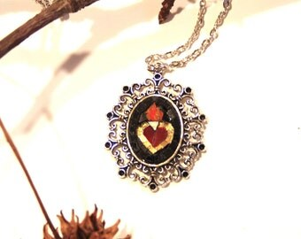 Sacred Heart: pendant made of artistic mosaic.