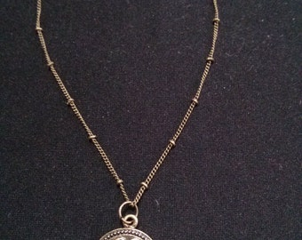 Antique Gold Pendant Necklace