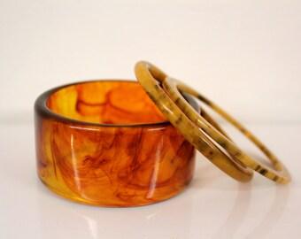 Three Bakelite bangles - Rootbeer swirl