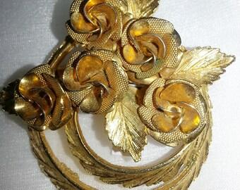 CORO Brooch, Gold Tone  Brooch, Five Roses Big Brooch , Textured Goldtone metal brooch, Floral Brooch,Elegant Style  Brooch