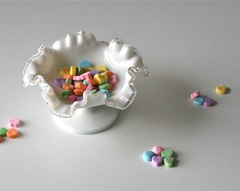 vintage 1950s candy dish