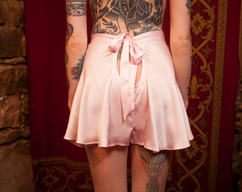 1930s Style Silk Tap Pants / Handmade Luxury Vintage Lingerie / Bow Back Tap Pants / Vintage Silk Knickers / Hand Dyed Pale Pink