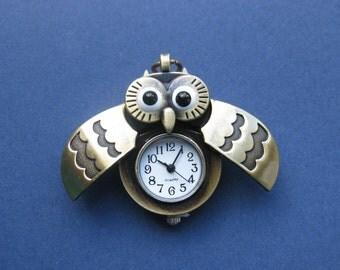 Owl Clock Pendant - Owl Pocket Watch - Antique Bronze -- (T8-10476)